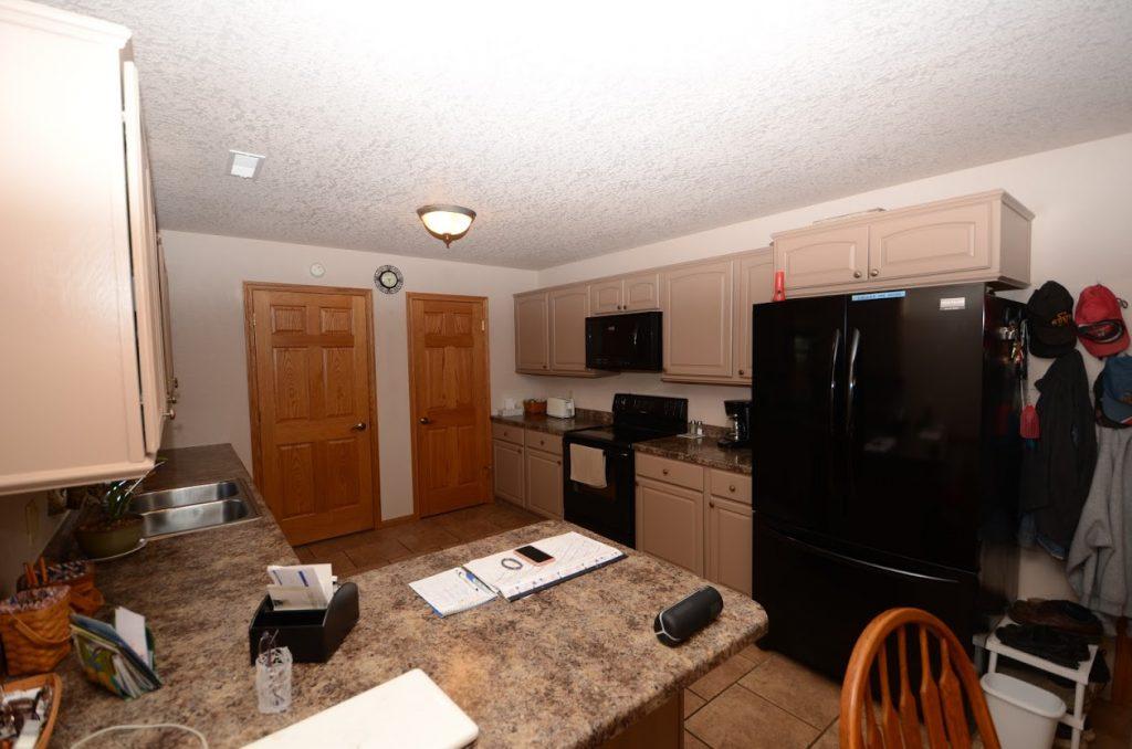 510 Country Club Lane Kitchen
