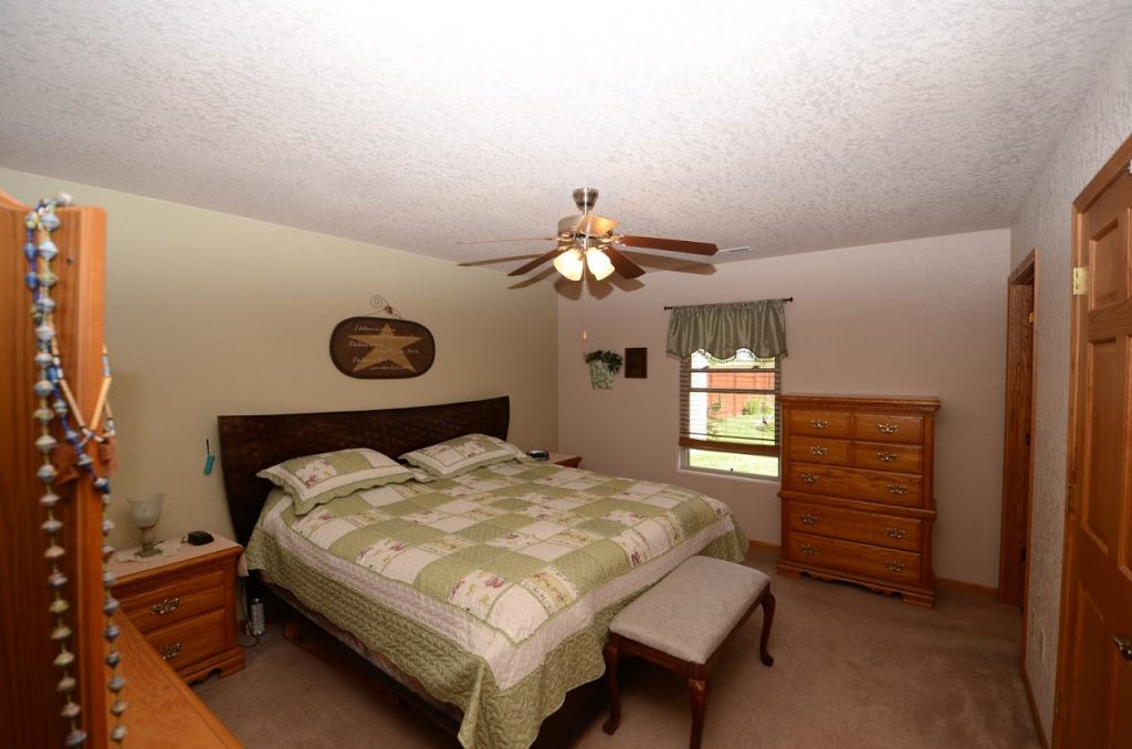 510 Country Club Lane Master Bedroom