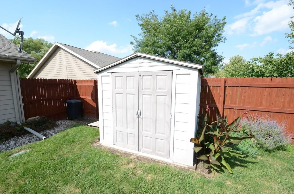 510 Country Club Lane Shed