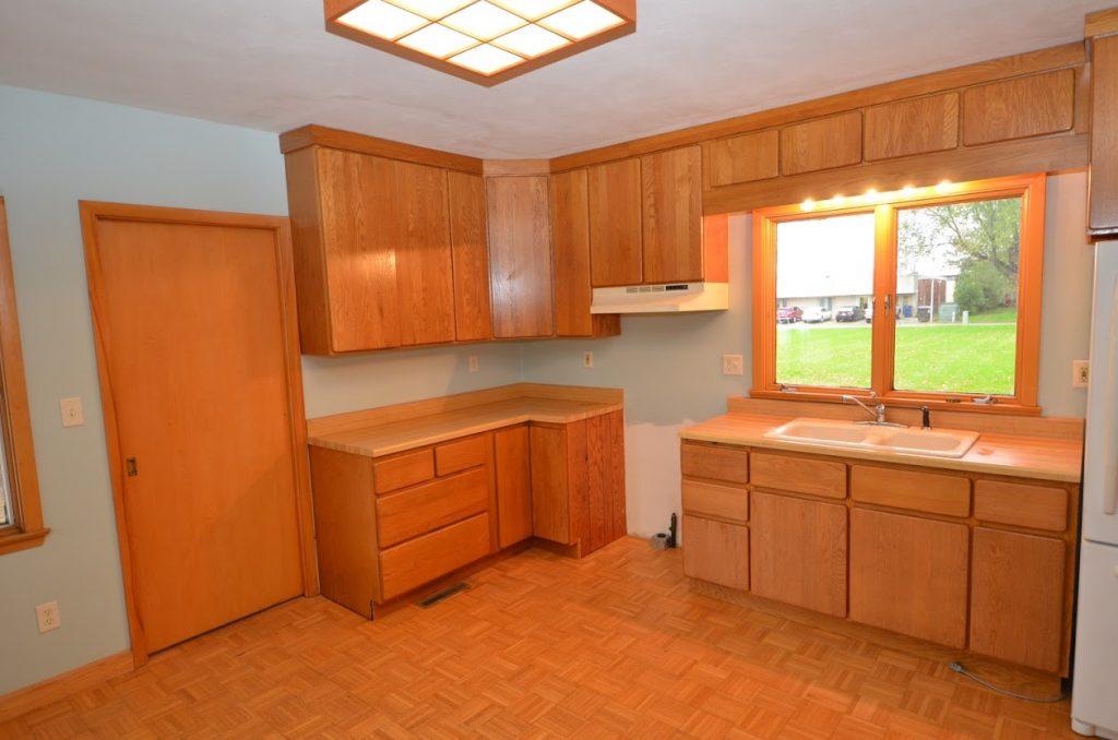 919_1st_Ave_SW_Kitchen