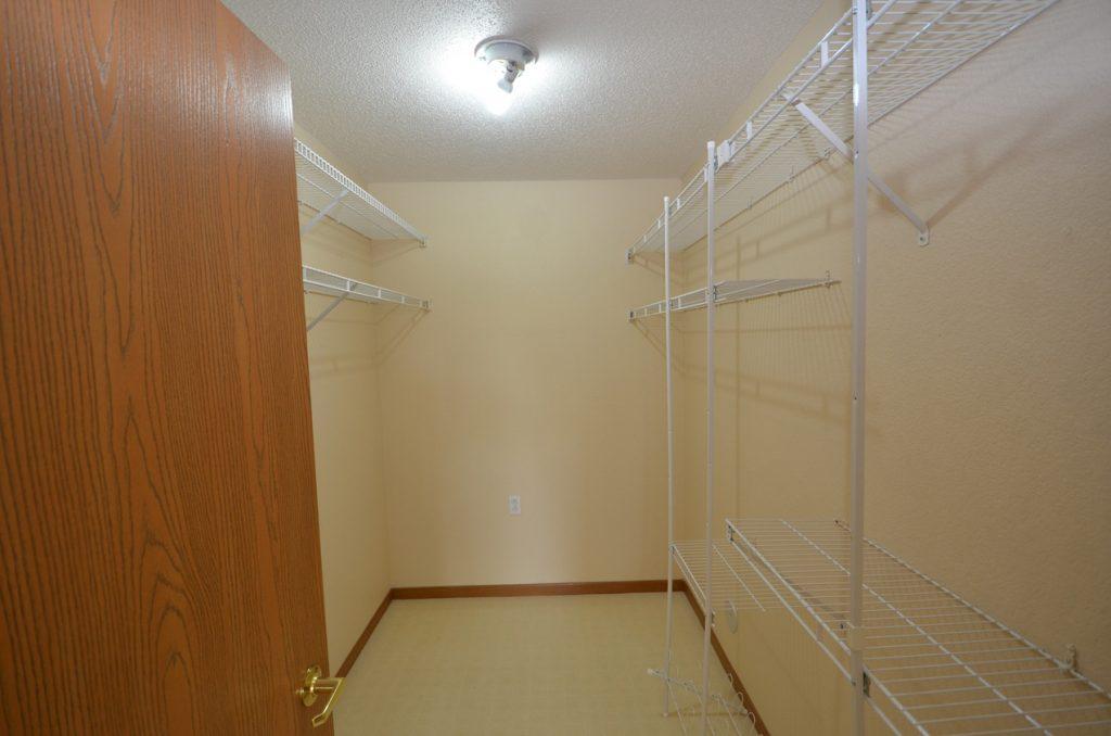 10. Master Bedroom Walk In Closet