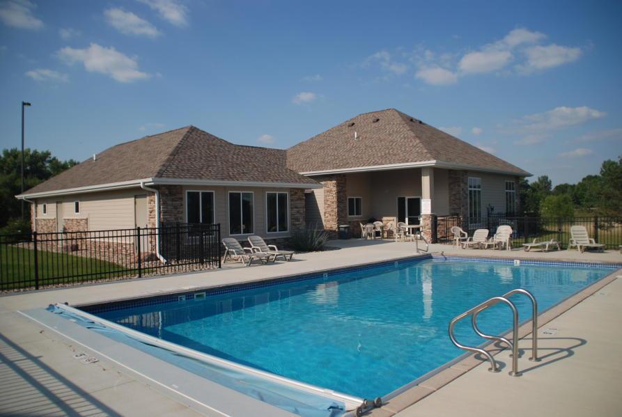 3421 Kuchel Trail 7 Club House Pool