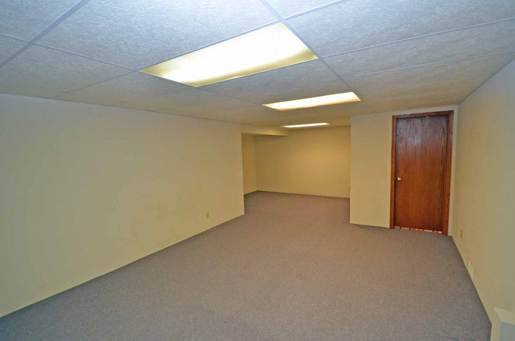 NEW 1406 West 9th St Lower Level Rec Room 2